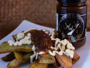 Kumara chips with wild west onion relish